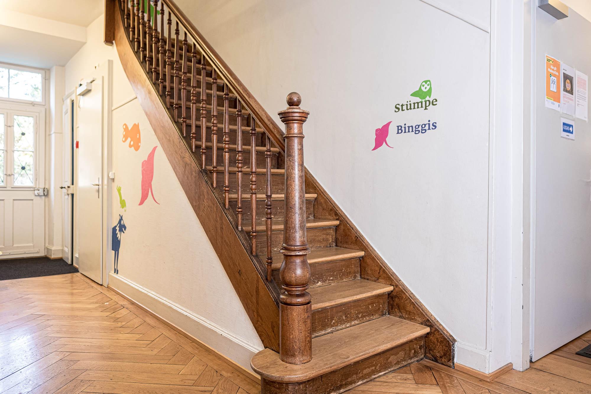 Treppenaufgang linker Hausteil